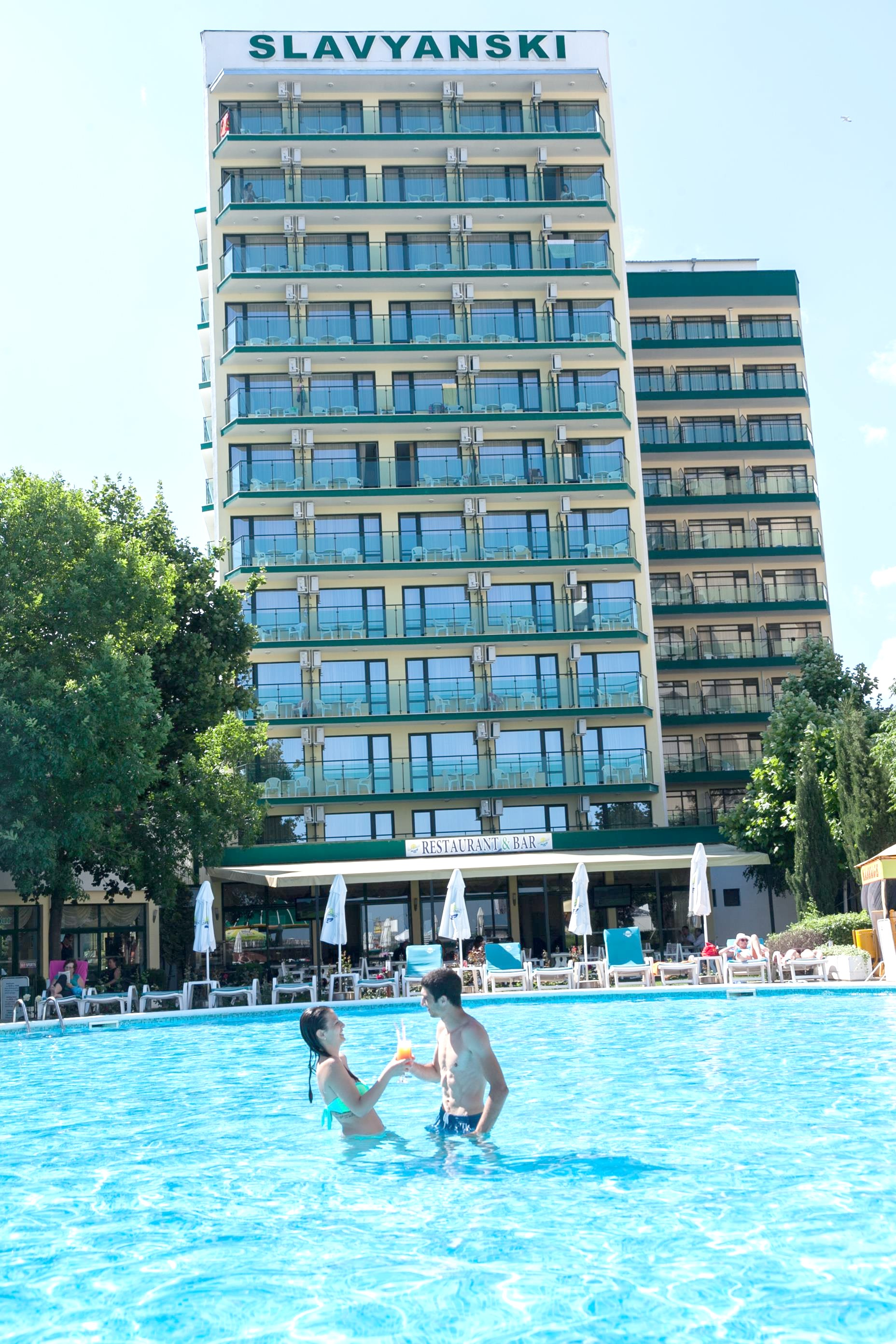 http://data.solvex.sk/Hotel/10/39563.jpeg