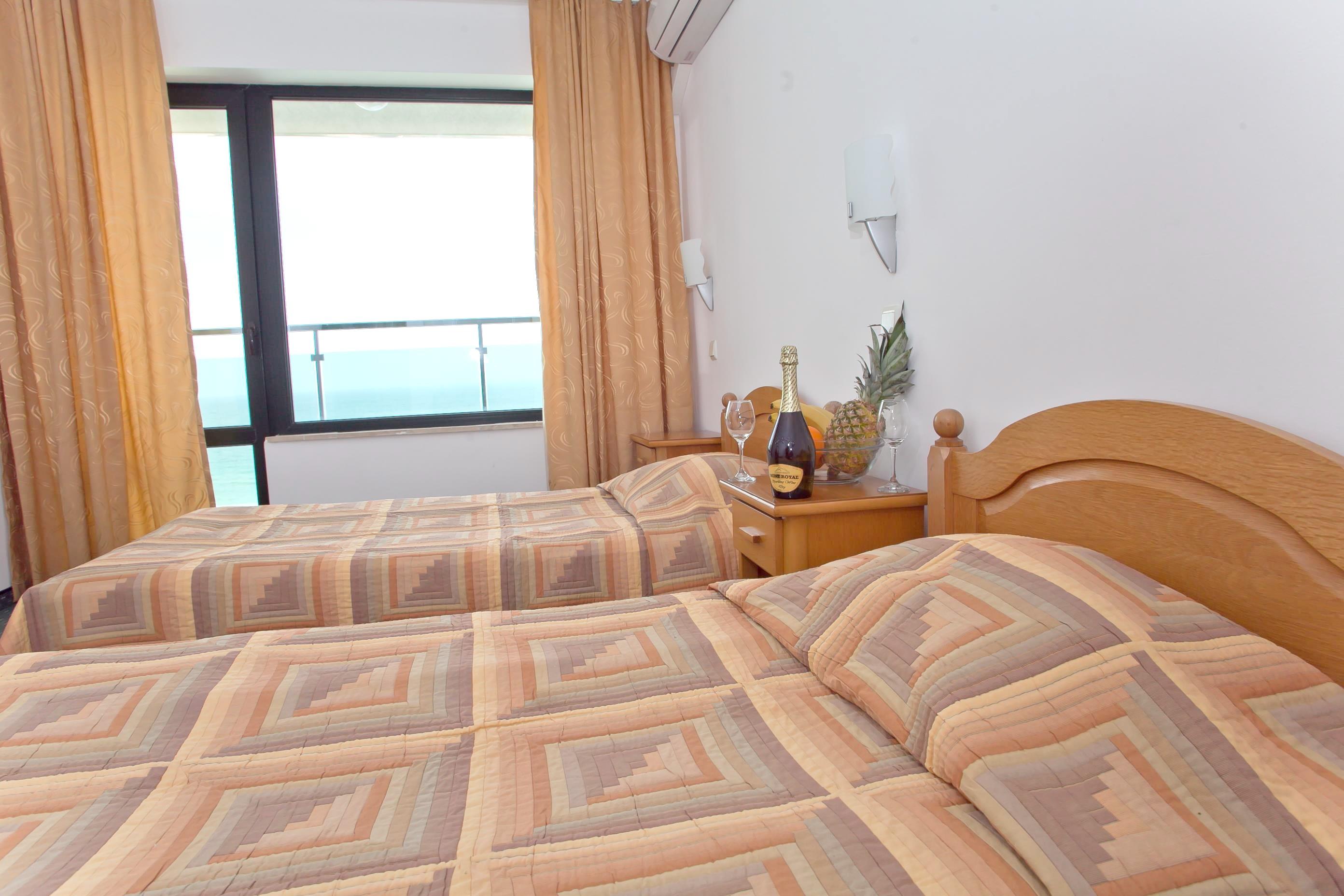 http://data.solvex.sk/Hotel/10/39571.jpeg
