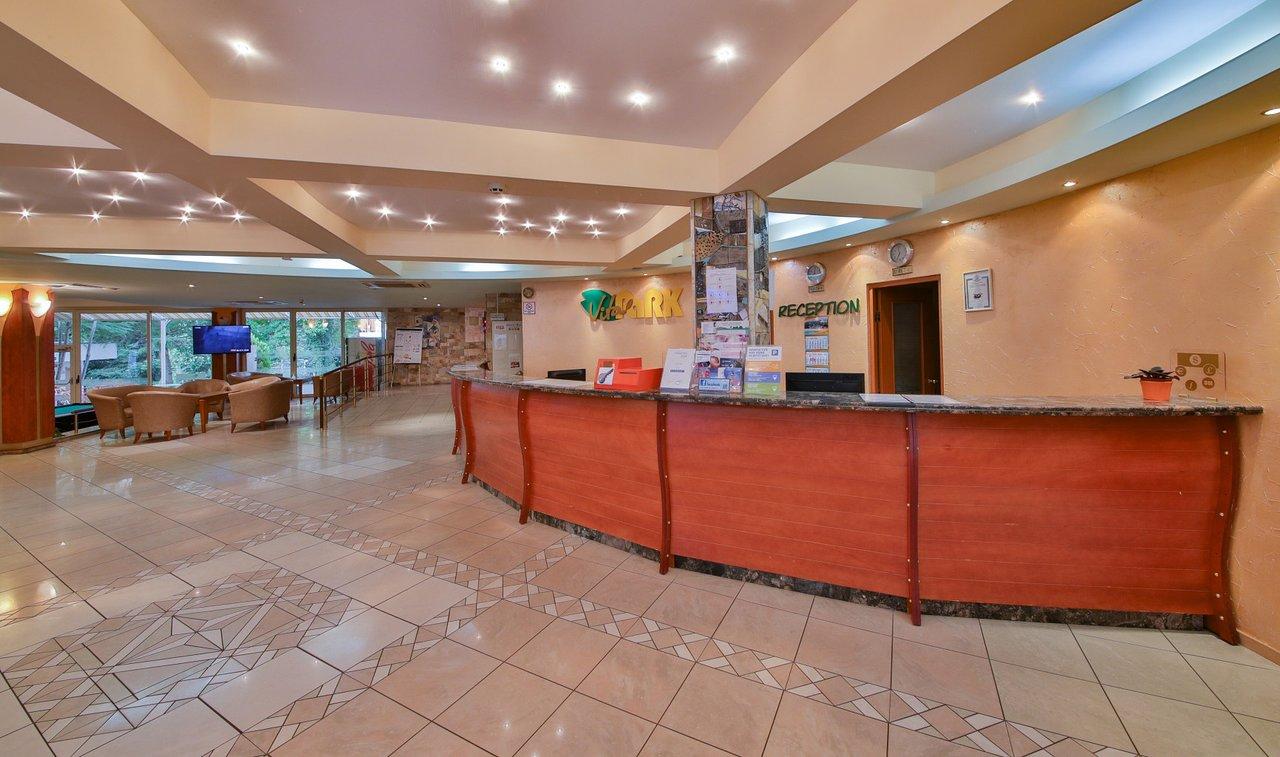Vita Park Hotel & Villas - 14 Popup navigation