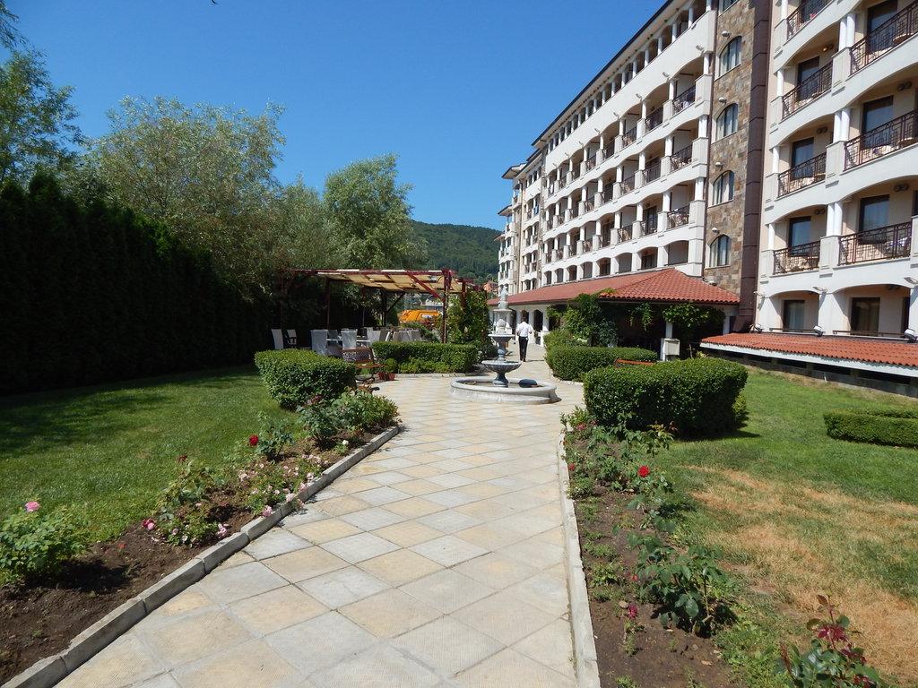 http://data.solvex.sk/Hotel/2624/52811.jpeg