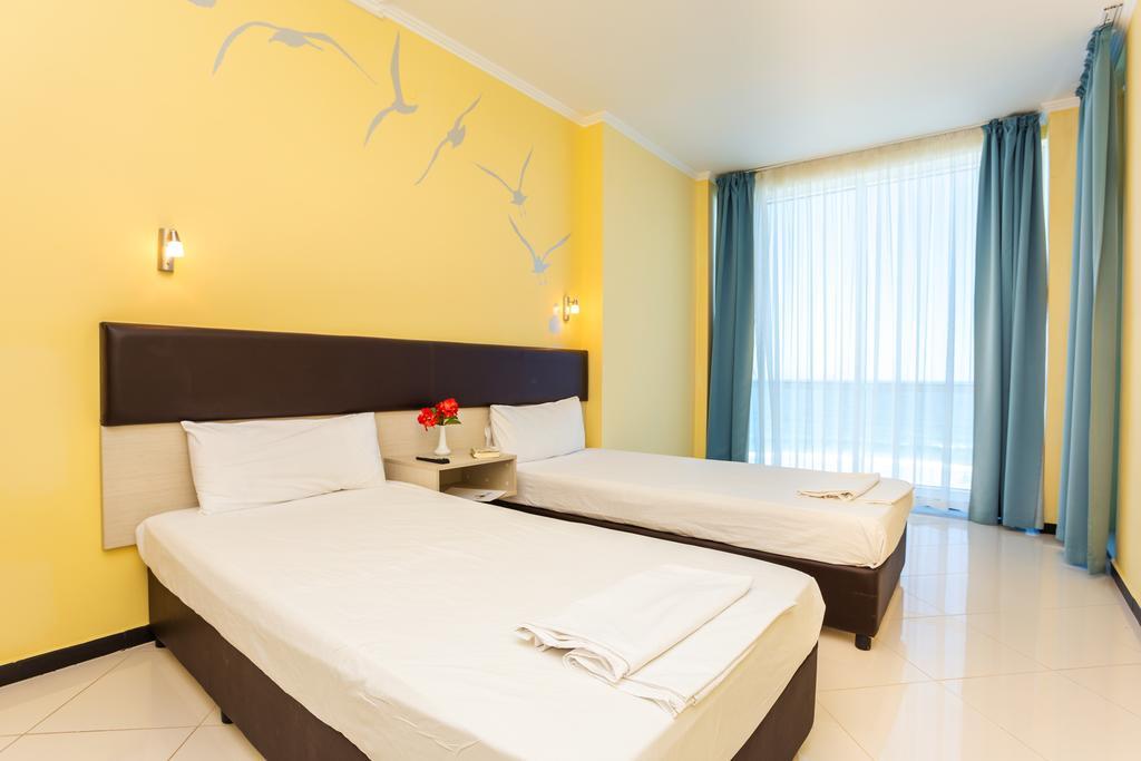 http://data.solvex.sk/Hotel/2636/53636.jpeg