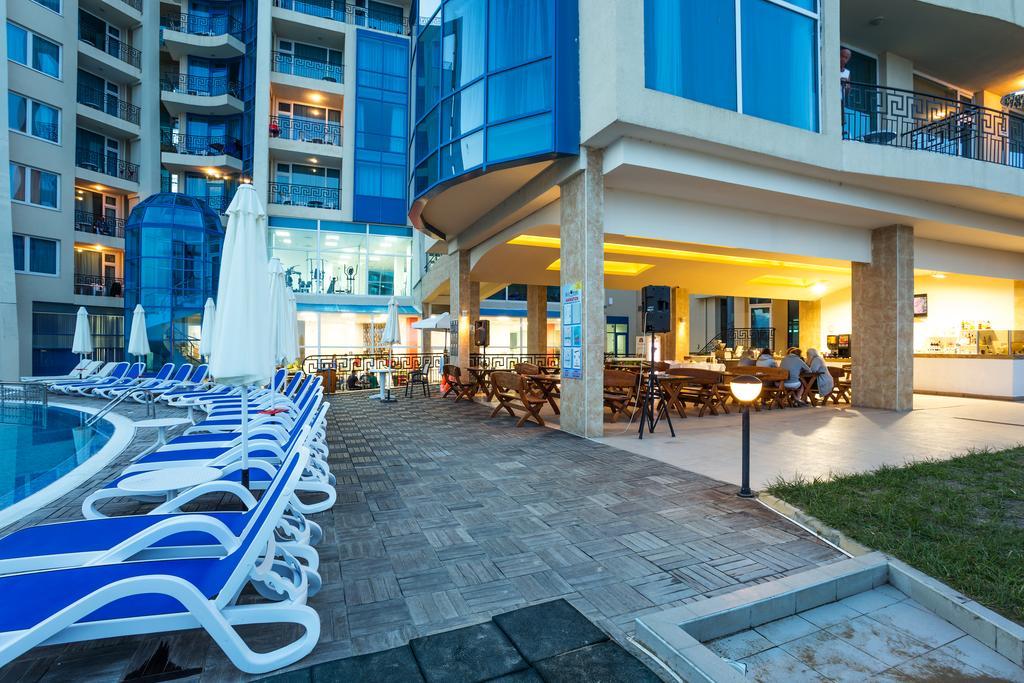 http://data.solvex.sk/Hotel/2636/53640.jpeg