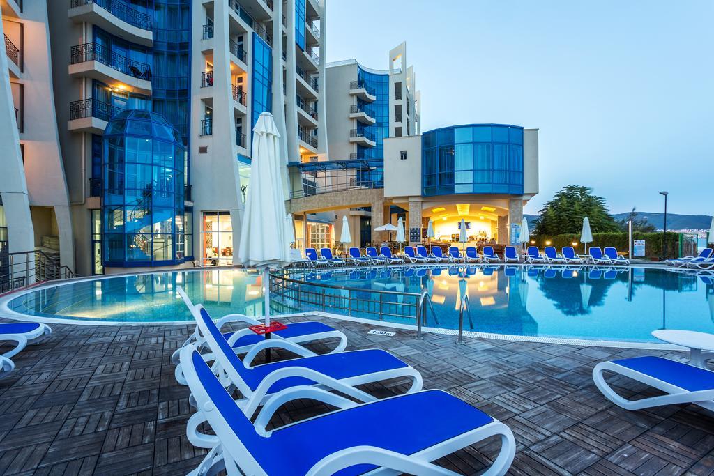 http://data.solvex.sk/Hotel/2636/53643.jpeg