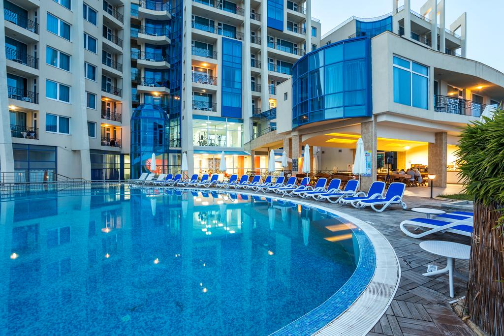 http://data.solvex.sk/Hotel/2636/53644.jpeg