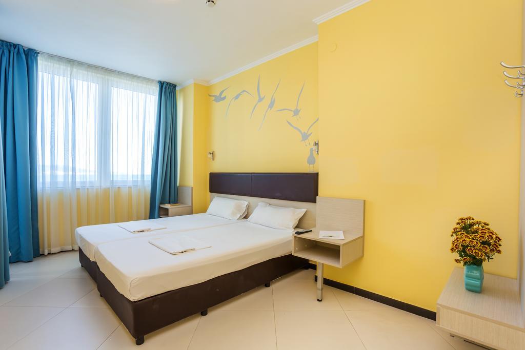 http://data.solvex.sk/Hotel/2636/53650.jpeg