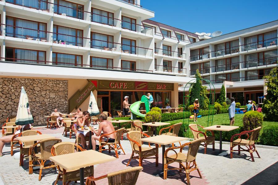 http://data.solvex.sk/Hotel/2645/52890.jpeg