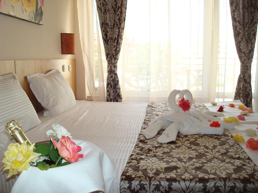 http://data.solvex.sk/Hotel/2652/52847.jpeg