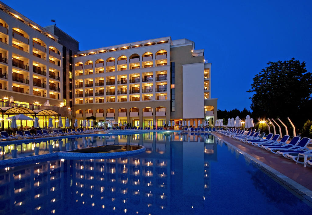 http://data.solvex.sk/Hotel/2662/51931.jpeg