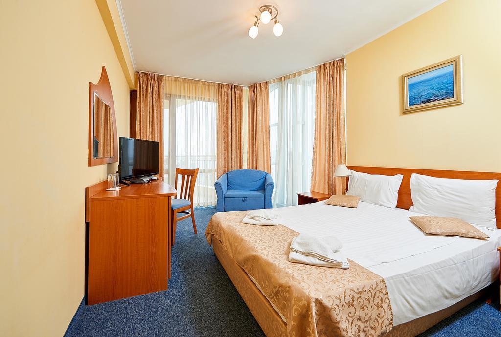 http://data.solvex.sk/Hotel/2666/52030.jpeg