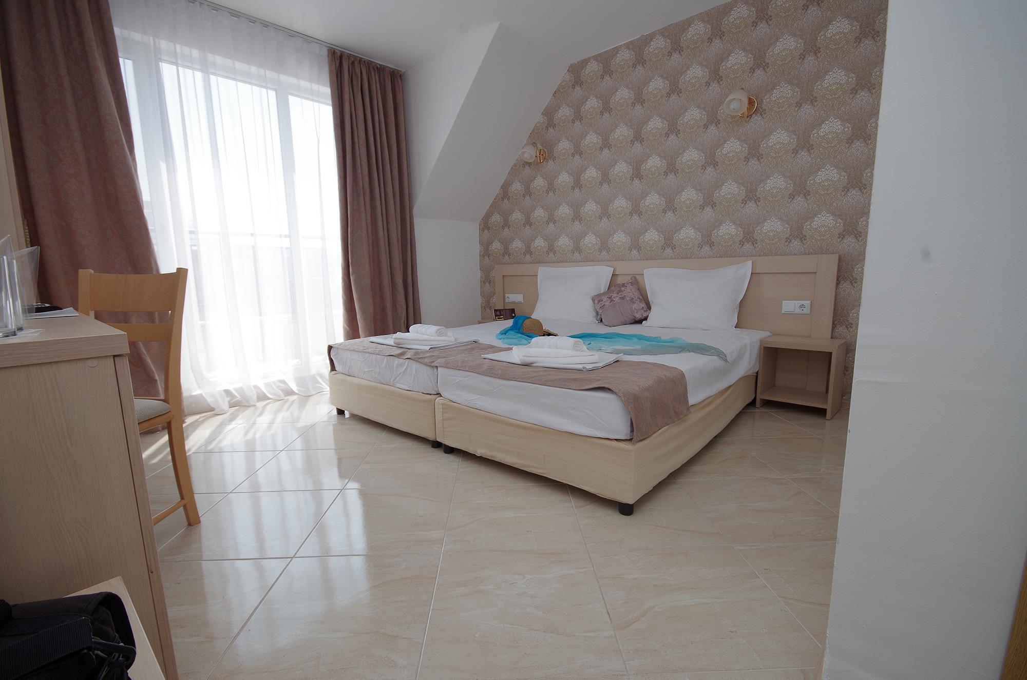 http://data.solvex.sk/Hotel/2687/60712.jpeg