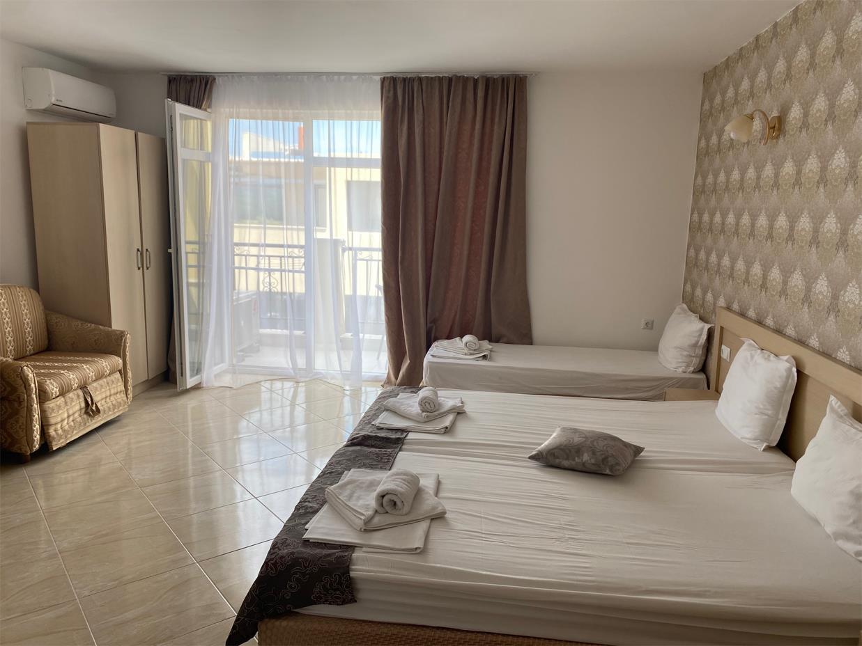 http://data.solvex.sk/Hotel/2687/60725.jpeg