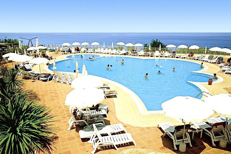 http://data.solvex.sk/Hotel/2702/48349.jpeg