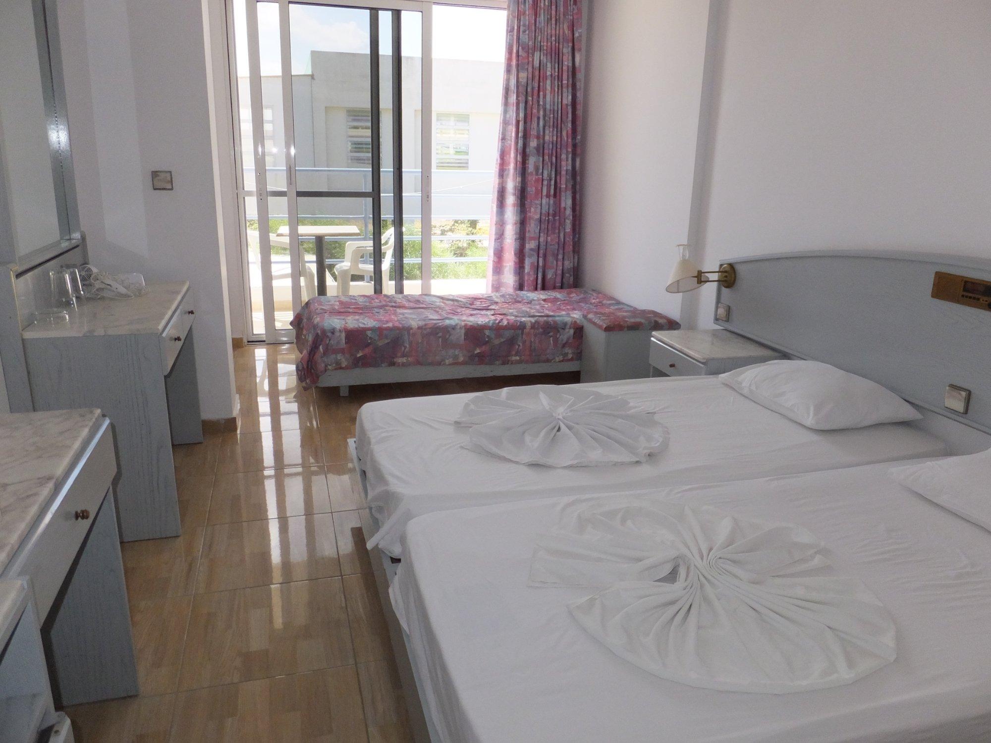 http://data.solvex.sk/Hotel/2782/53606.jpeg