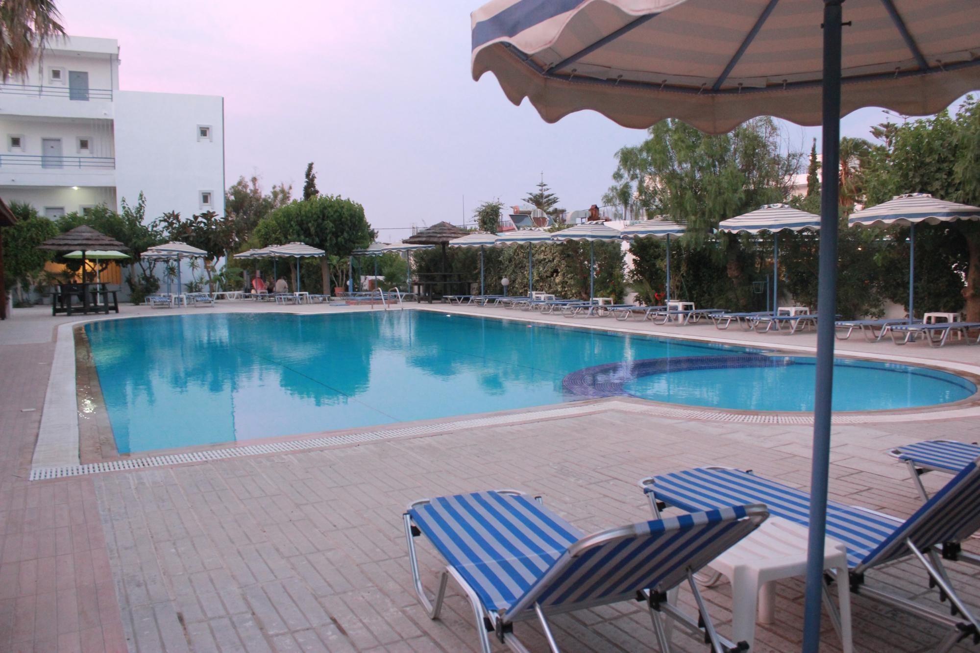 http://data.solvex.sk/Hotel/2782/53608.jpeg
