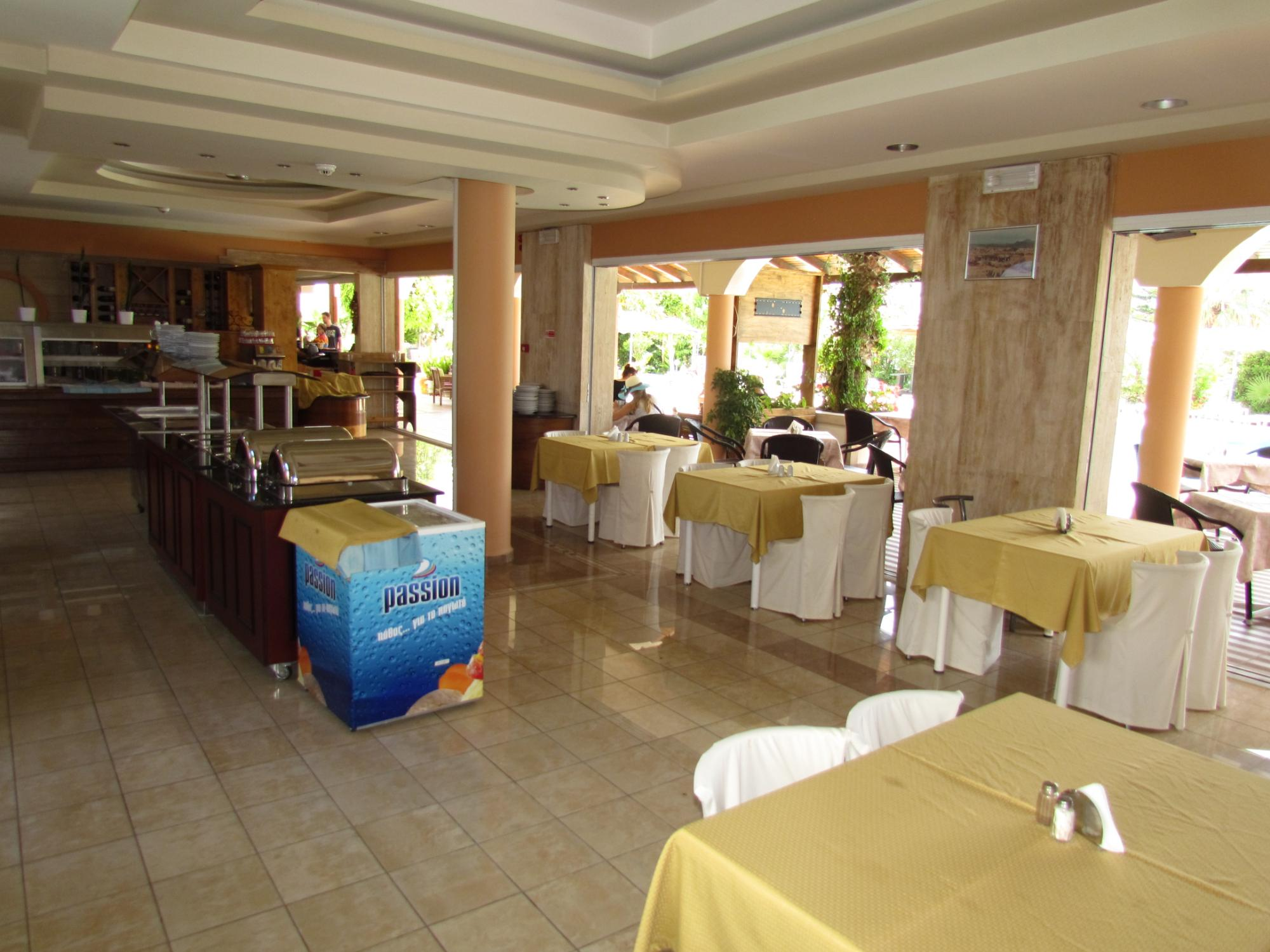 http://data.solvex.sk/Hotel/2782/53615.jpeg