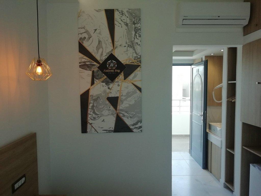http://data.solvex.sk/Hotel/2782/53622.jpeg