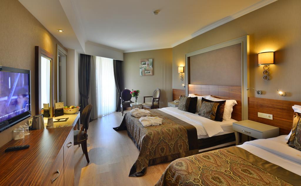 http://data.solvex.sk/Hotel/2931/60012.jpeg