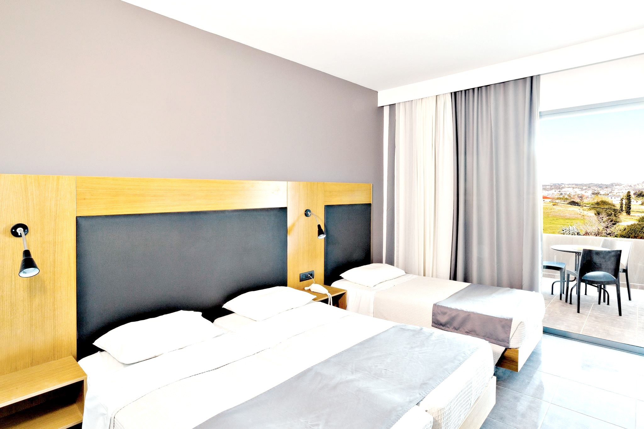 http://data.solvex.sk/Hotel/33001.jpeg