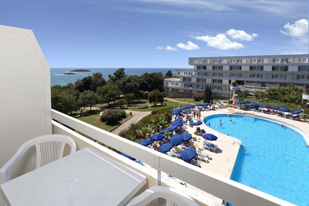 Zelena Resort - Hotel Delfin Plava Laguna - 1 Popup navigation