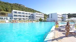 http://data.solvex.sk/Hotel/34870.jpeg