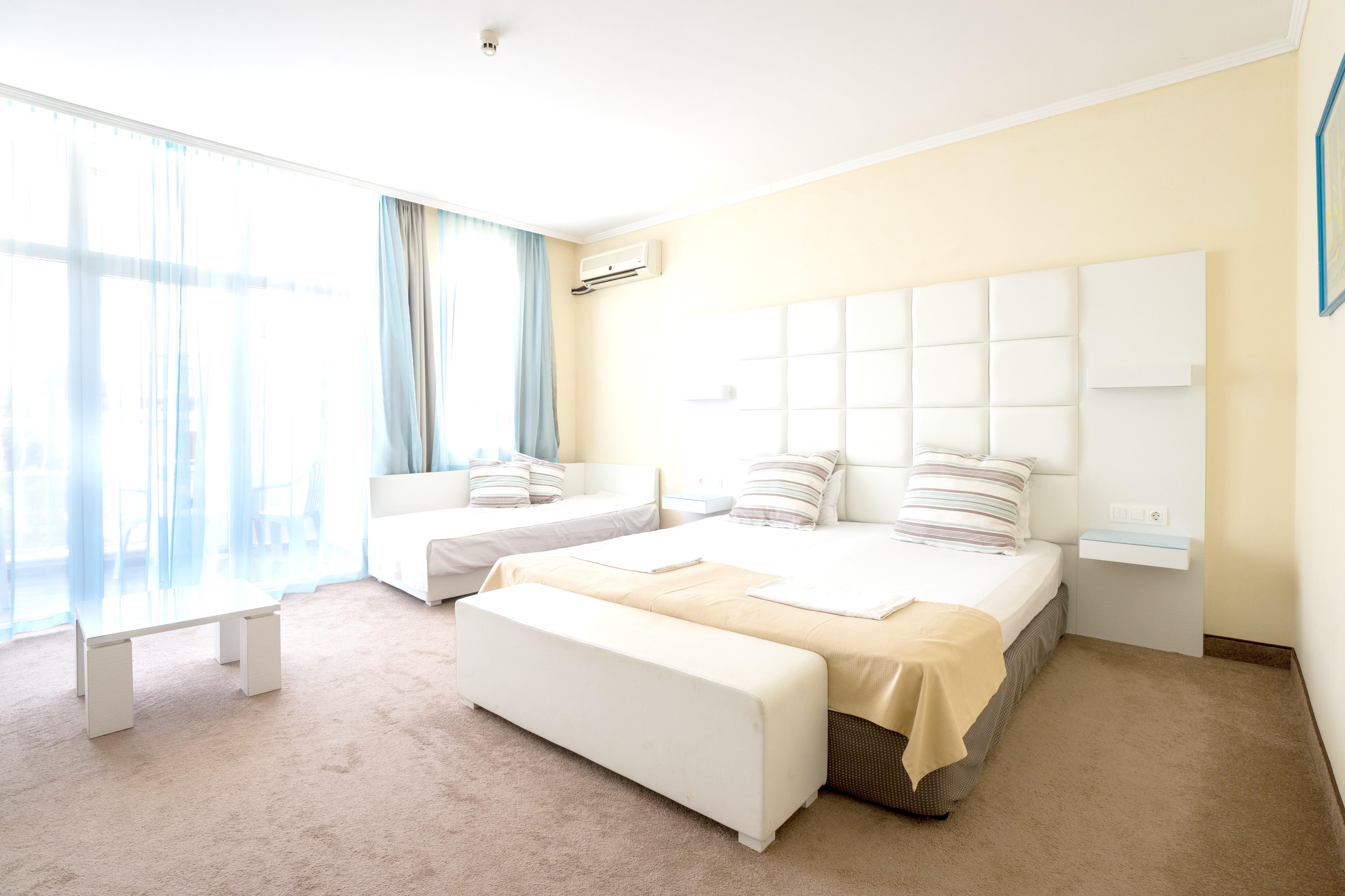 http://data.solvex.sk/Hotel/3514/46826.jpeg