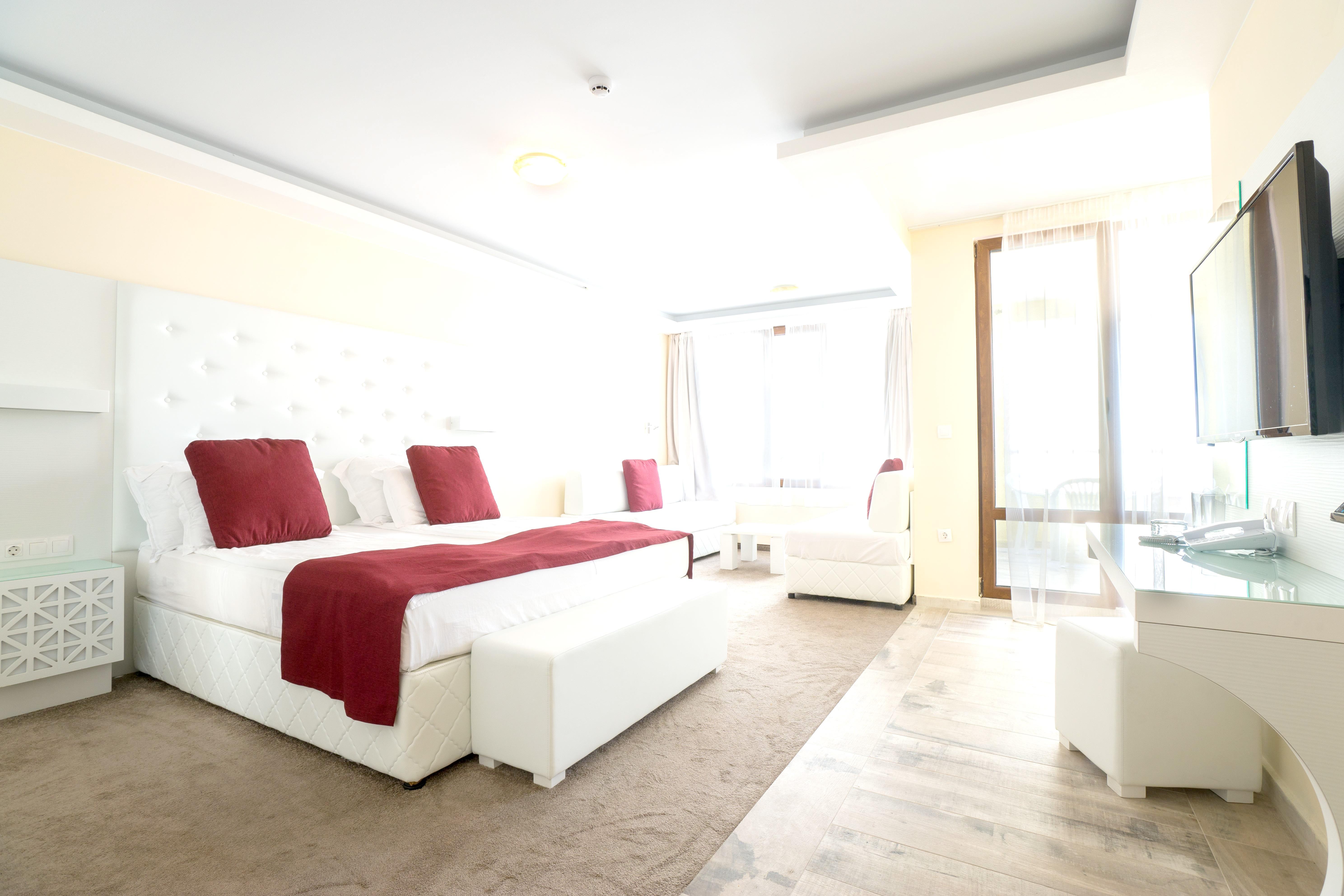 http://data.solvex.sk/Hotel/3515/47483.jpeg