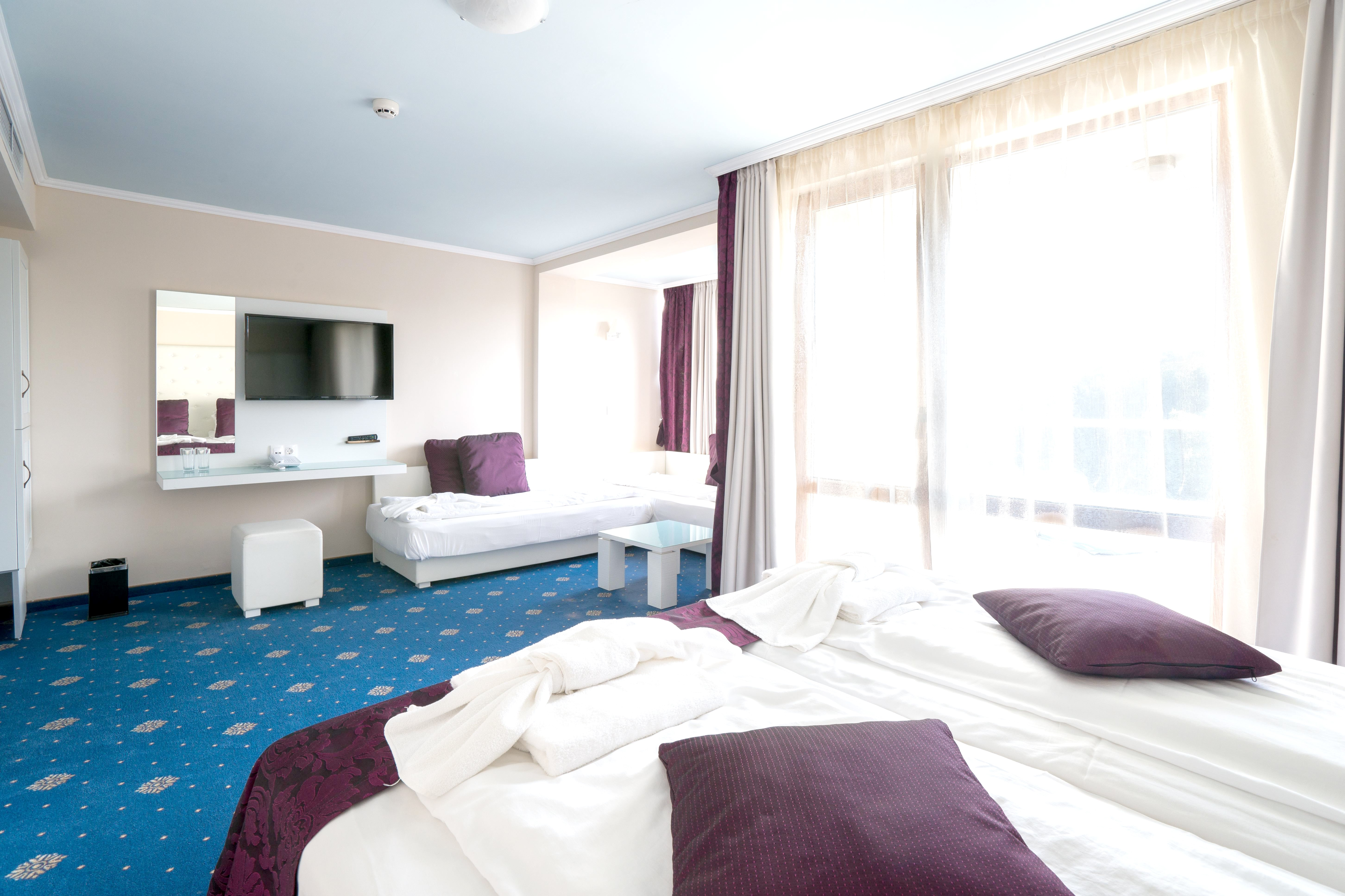 http://data.solvex.sk/Hotel/3516/46847.jpeg