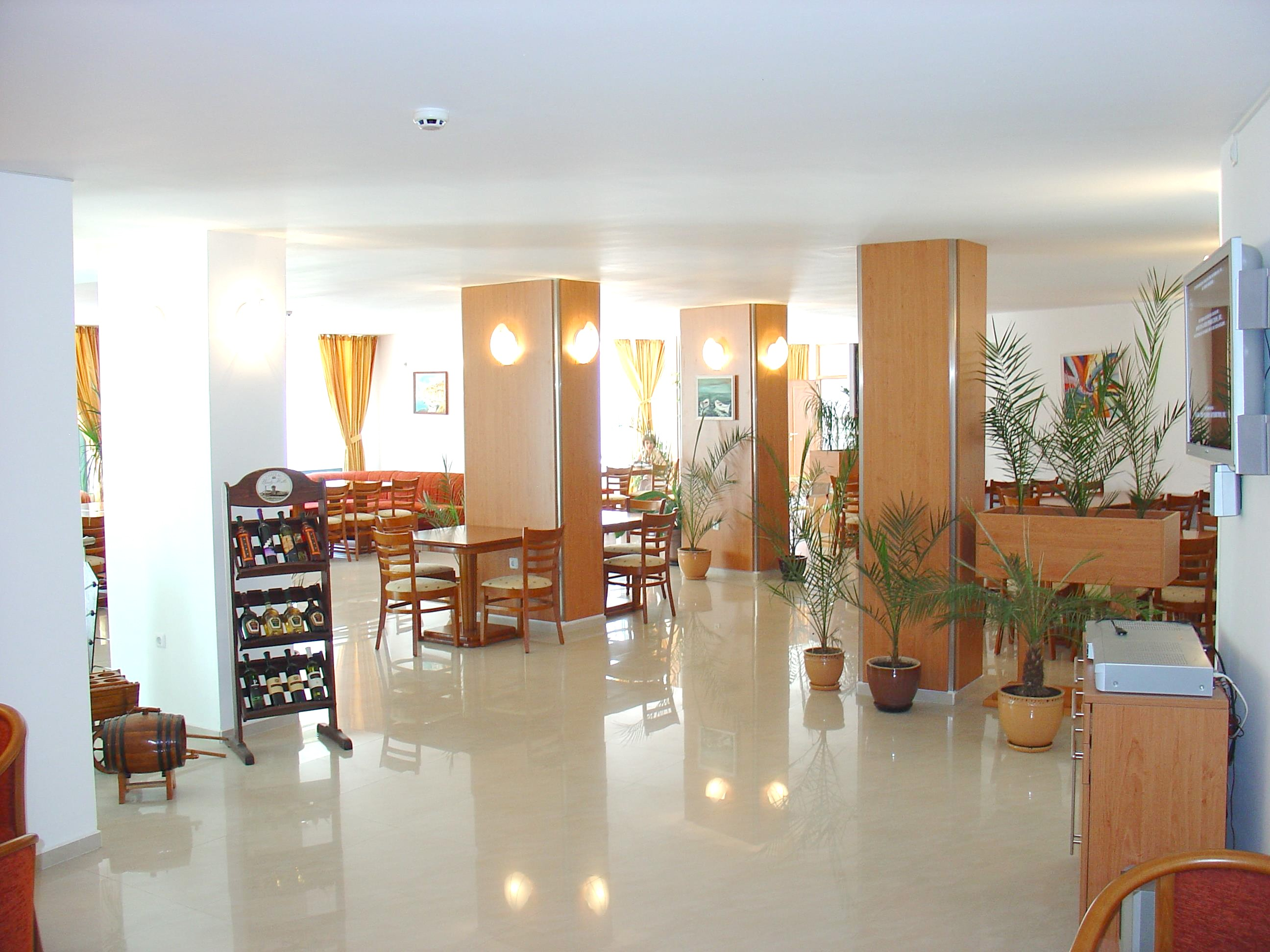 http://data.solvex.sk/Hotel/35333.jpeg
