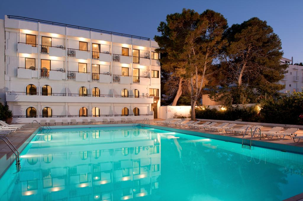 http://data.solvex.sk/Hotel/3542/51329.jpeg