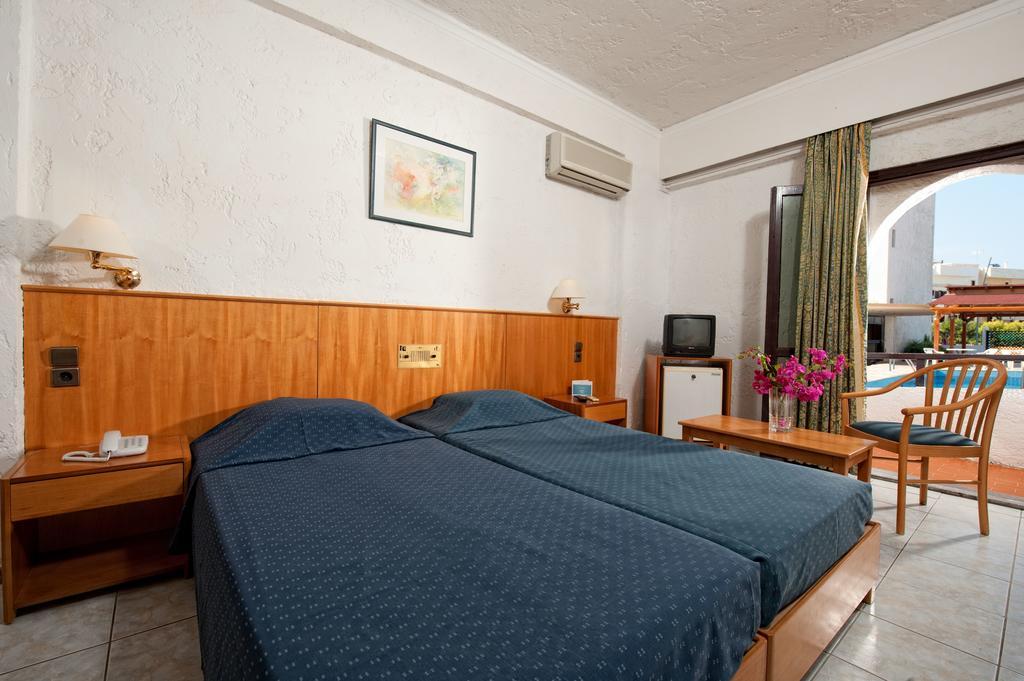 http://data.solvex.sk/Hotel/3542/51335.jpeg