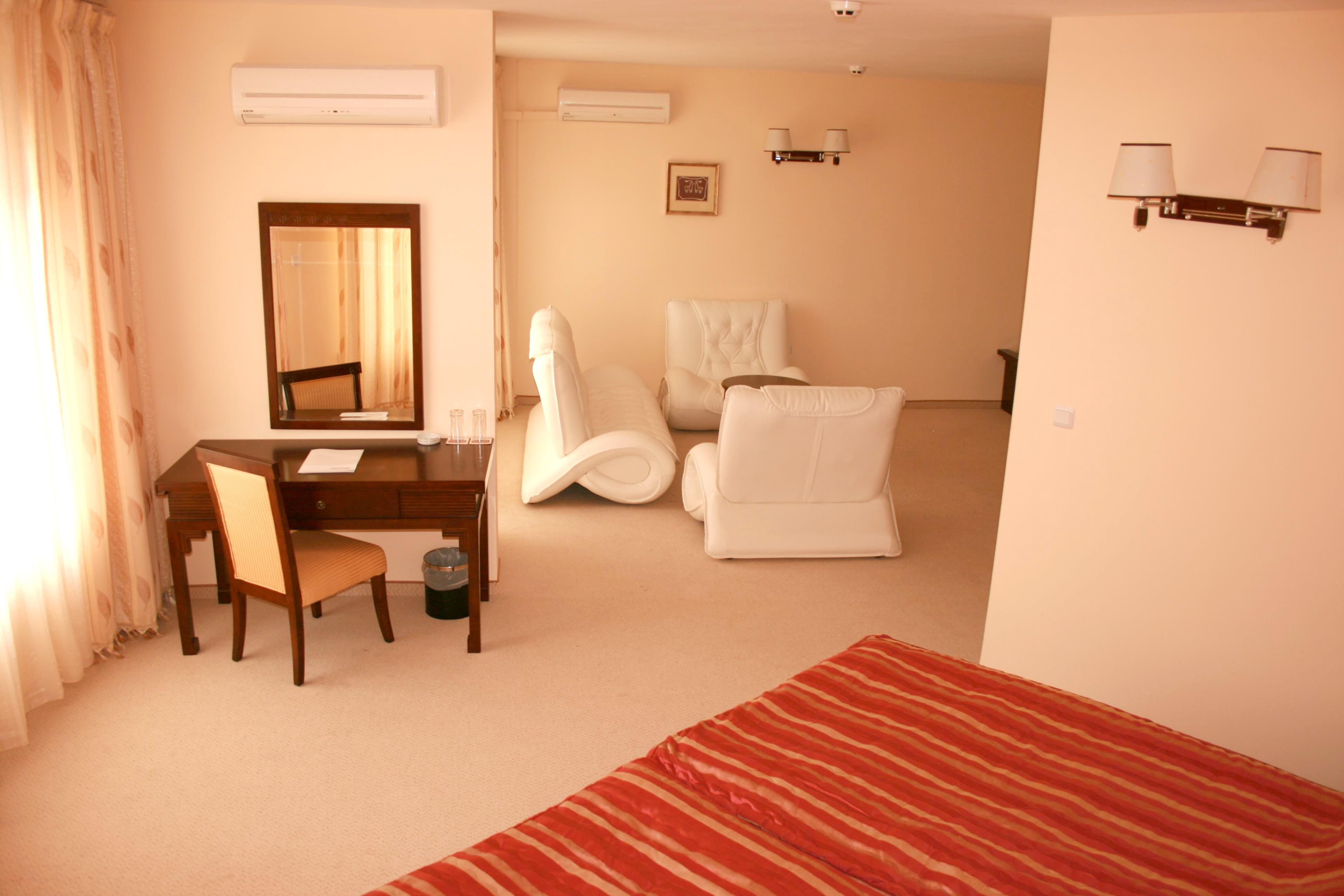 http://data.solvex.sk/Hotel/35495.jpeg
