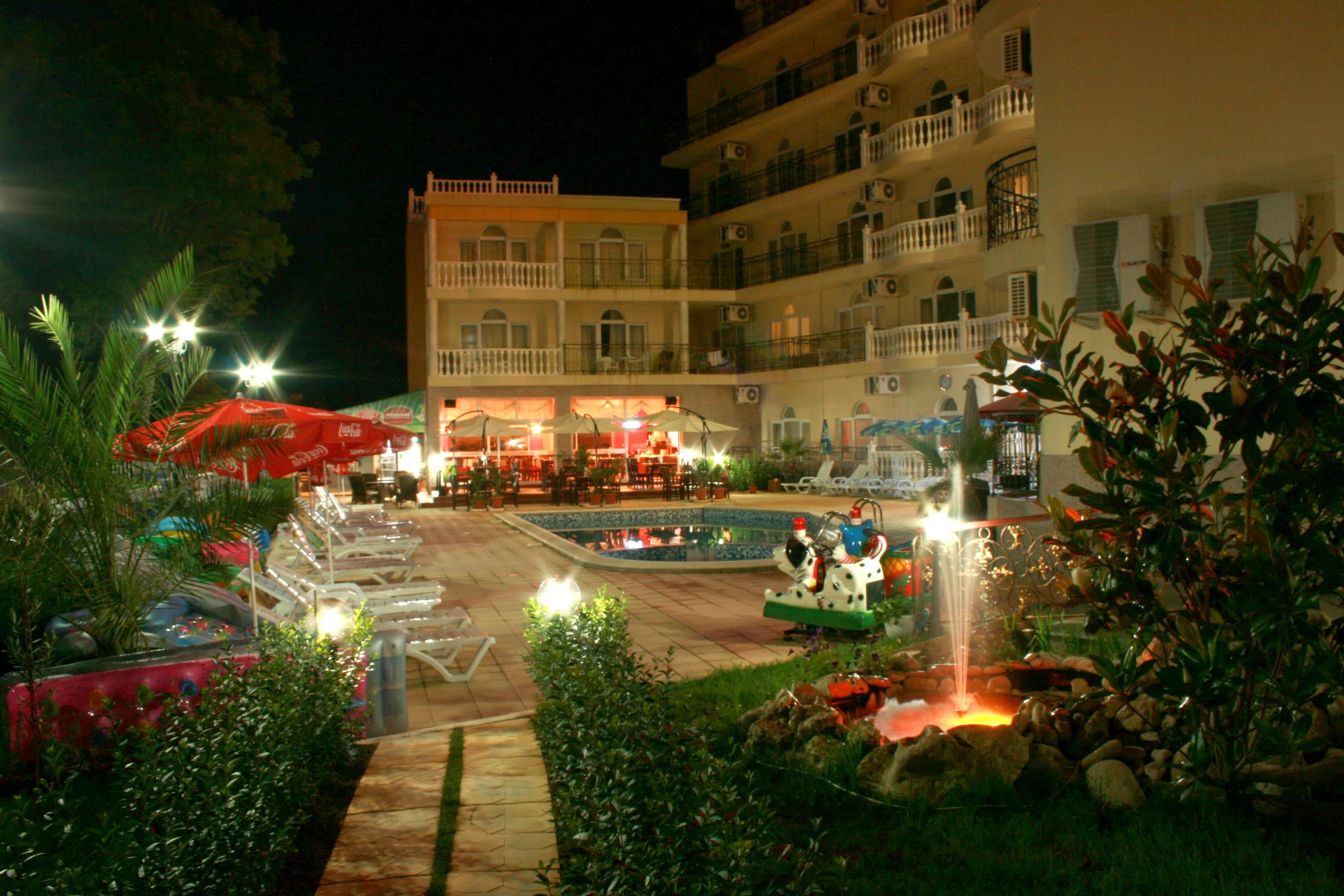 http://data.solvex.sk/Hotel/35512.jpeg