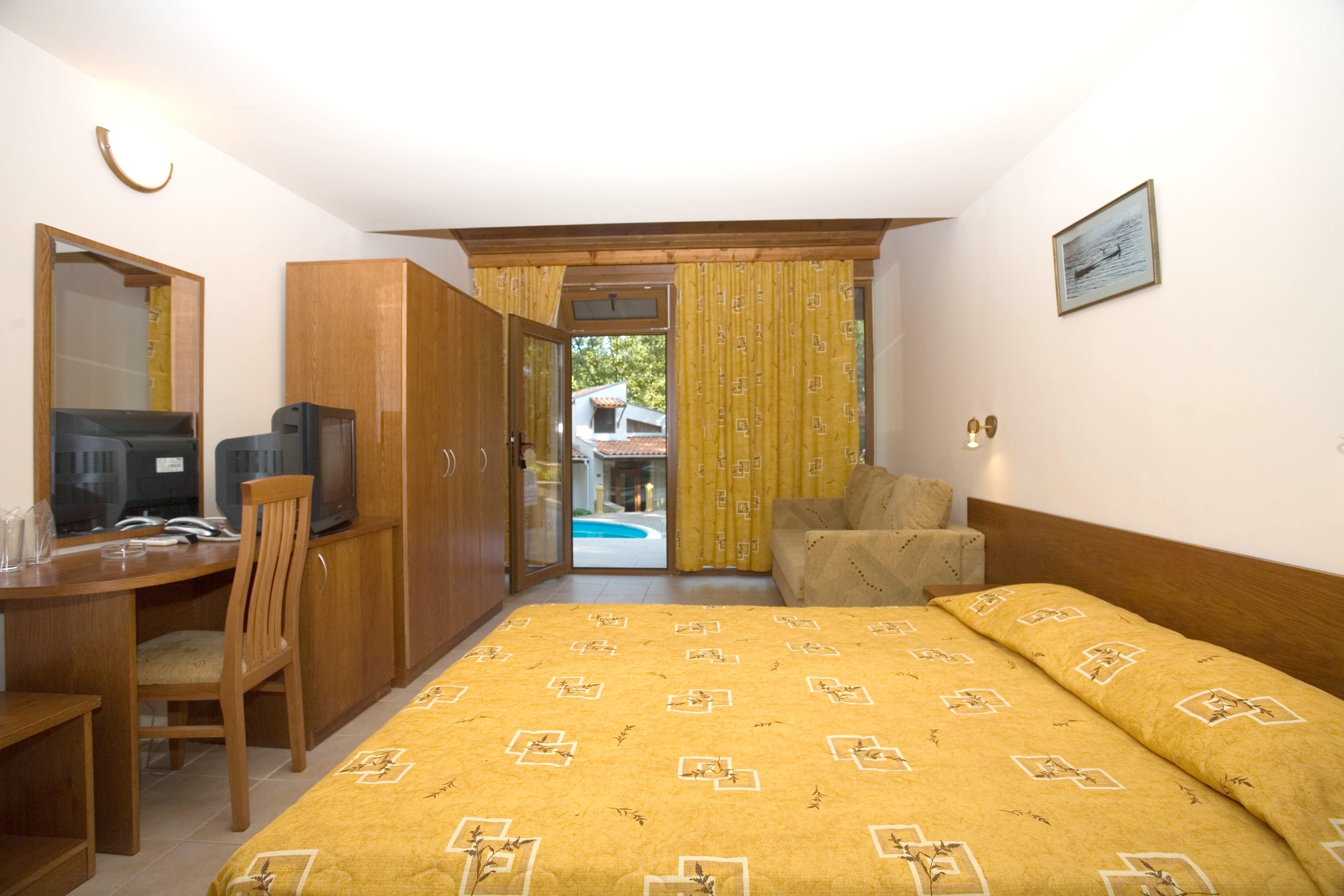 http://data.solvex.sk/Hotel/35624.jpeg