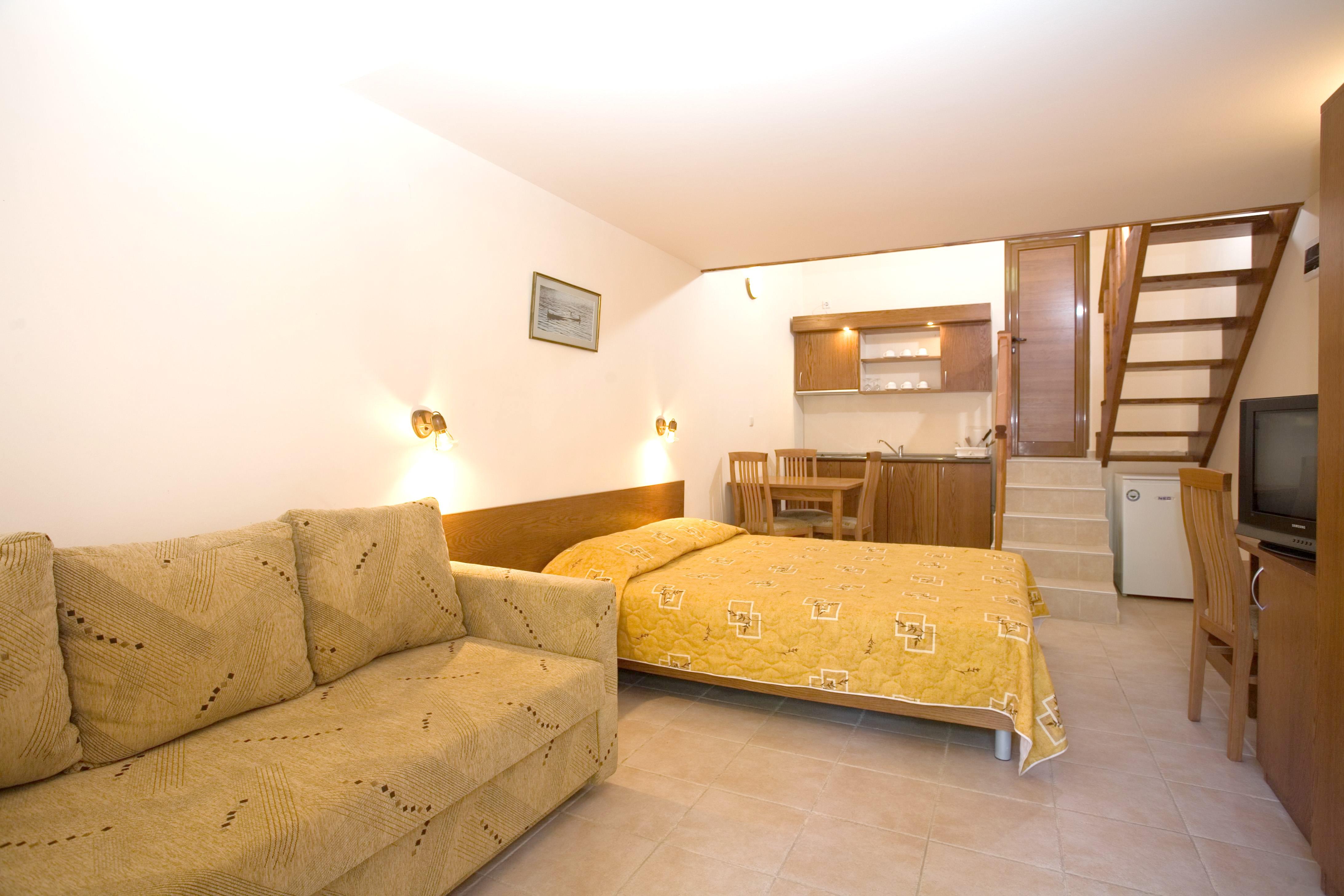 http://data.solvex.sk/Hotel/35625.jpeg