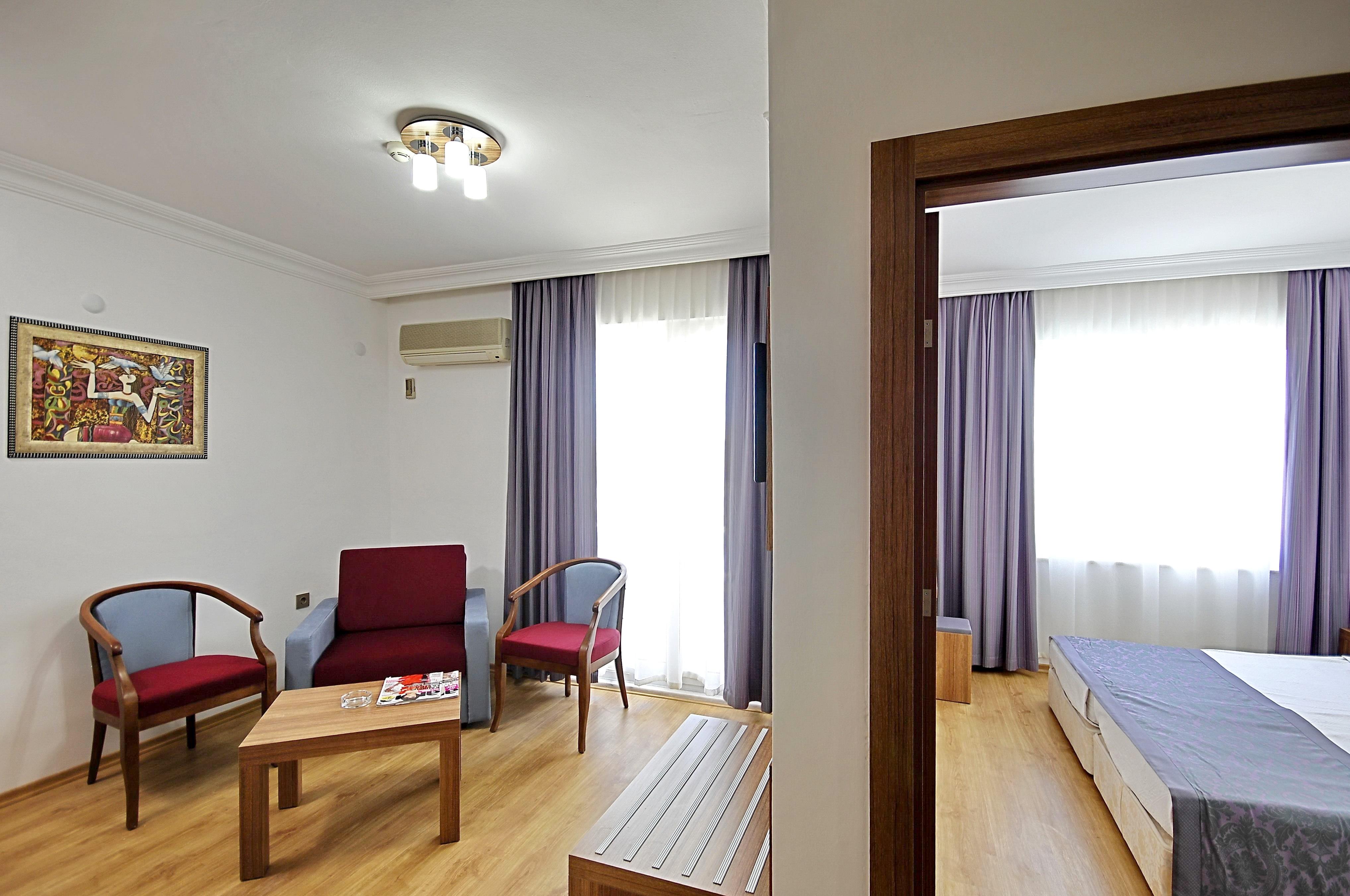 http://data.solvex.sk/Hotel/3565/47280.jpeg
