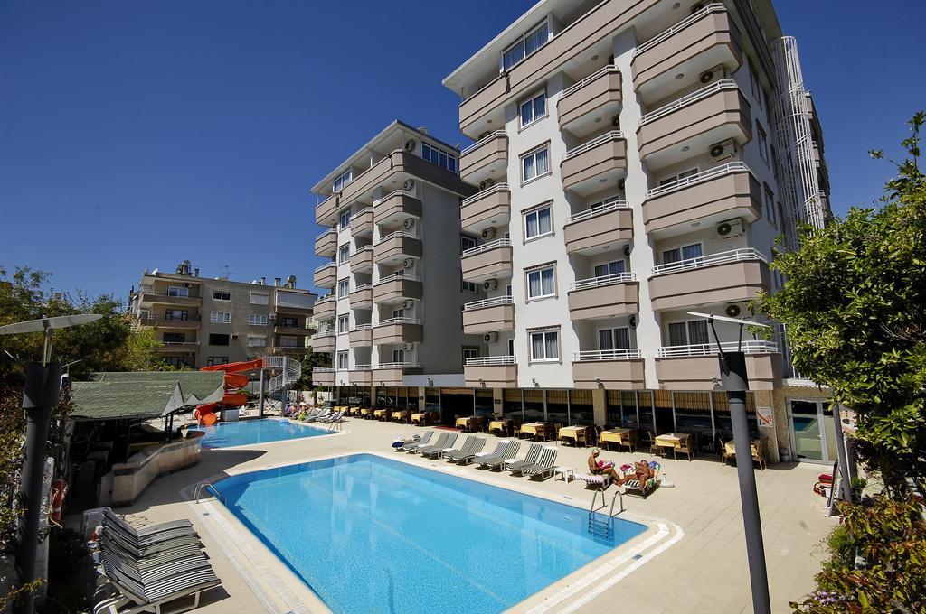 http://data.solvex.sk/Hotel/3565/52293.jpeg