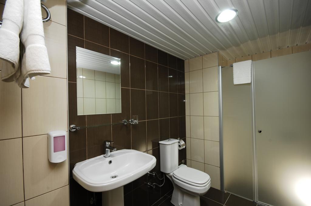 http://data.solvex.sk/Hotel/3565/52295.jpeg