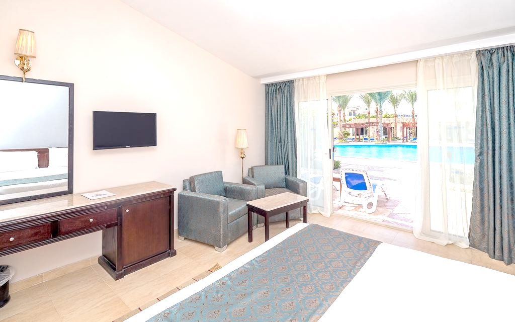 http://data.solvex.sk/Hotel/3580/47662.jpeg