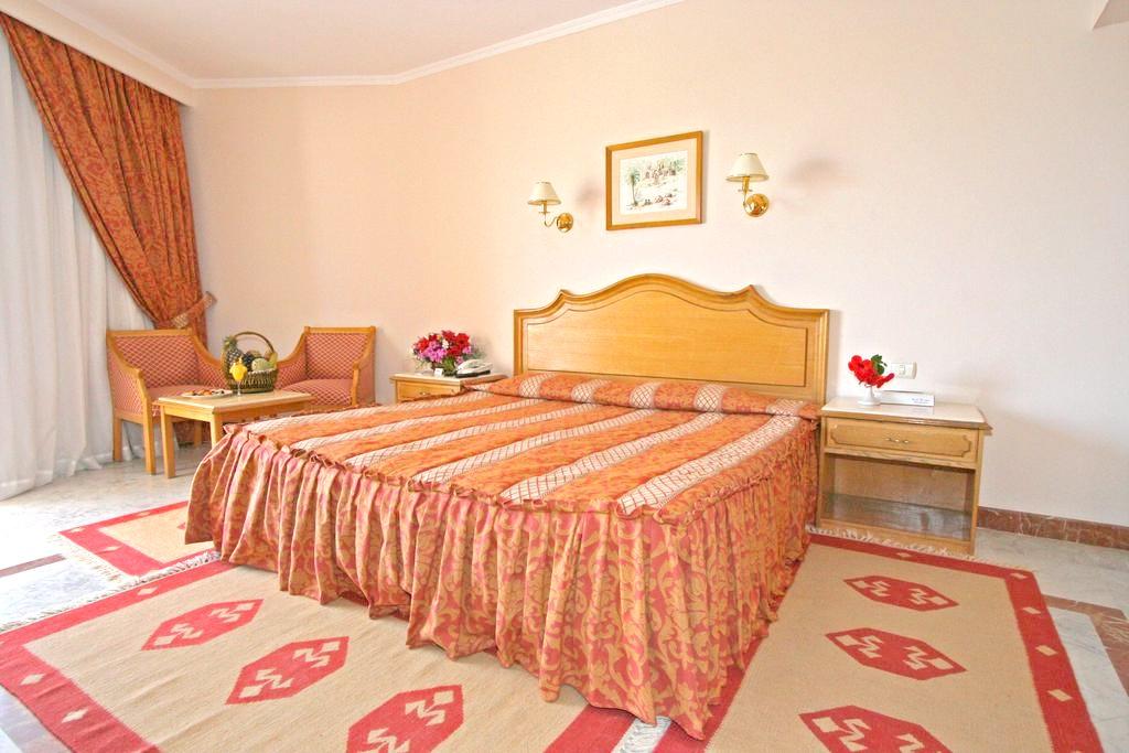 http://data.solvex.sk/Hotel/3581/47687.jpeg