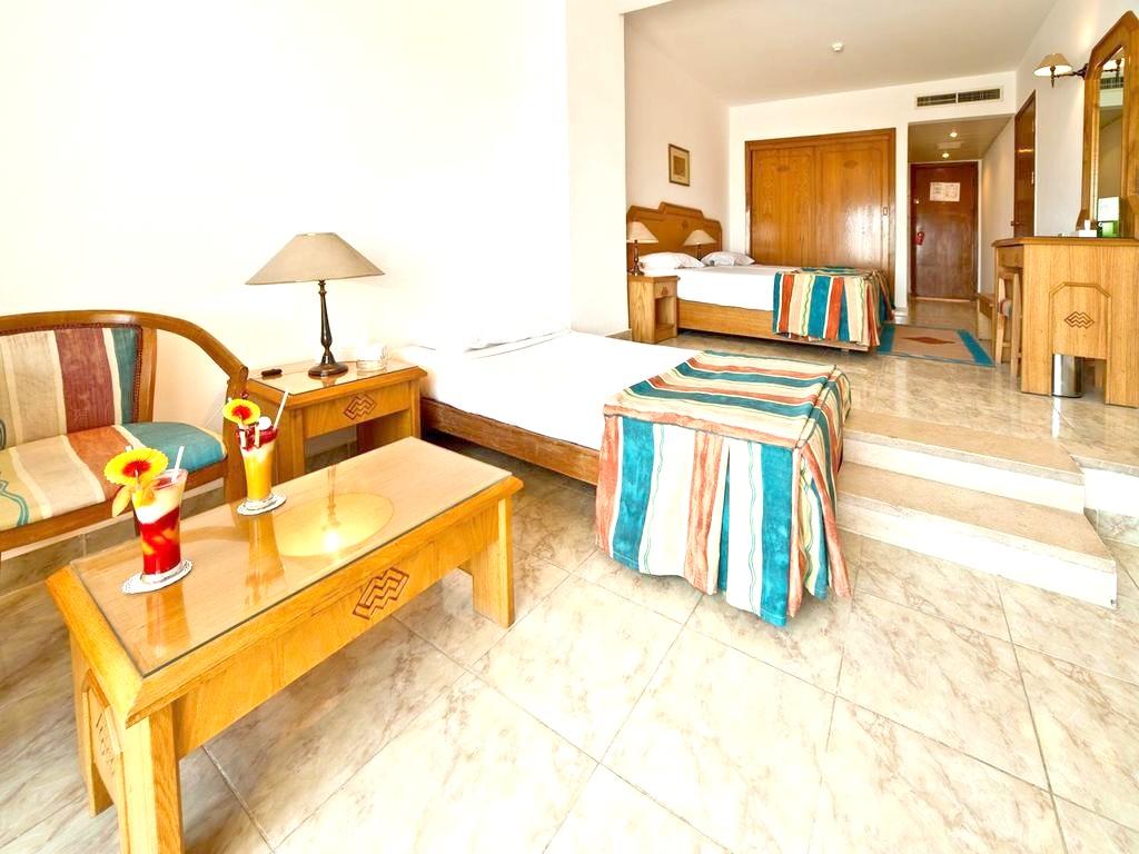 http://data.solvex.sk/Hotel/3587/47761.jpeg