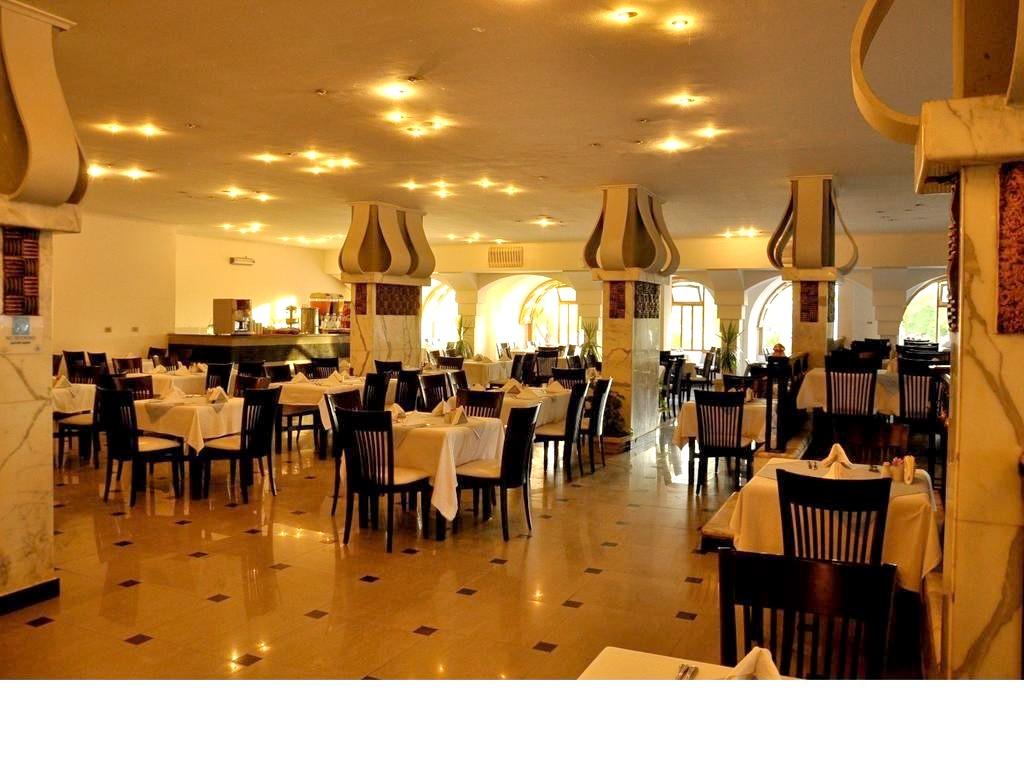 http://data.solvex.sk/Hotel/3591/47979.jpeg