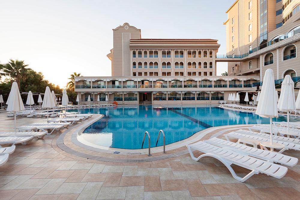 http://data.solvex.sk/Hotel/3637/51555.jpeg