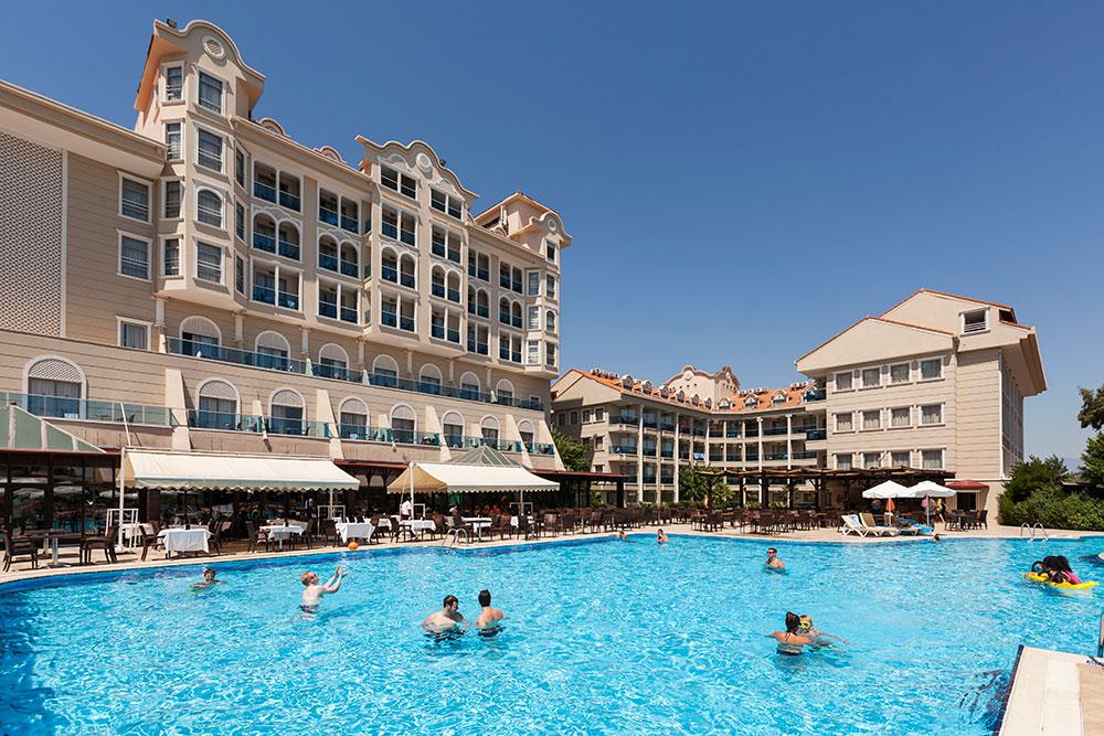 http://data.solvex.sk/Hotel/3637/51558.jpeg