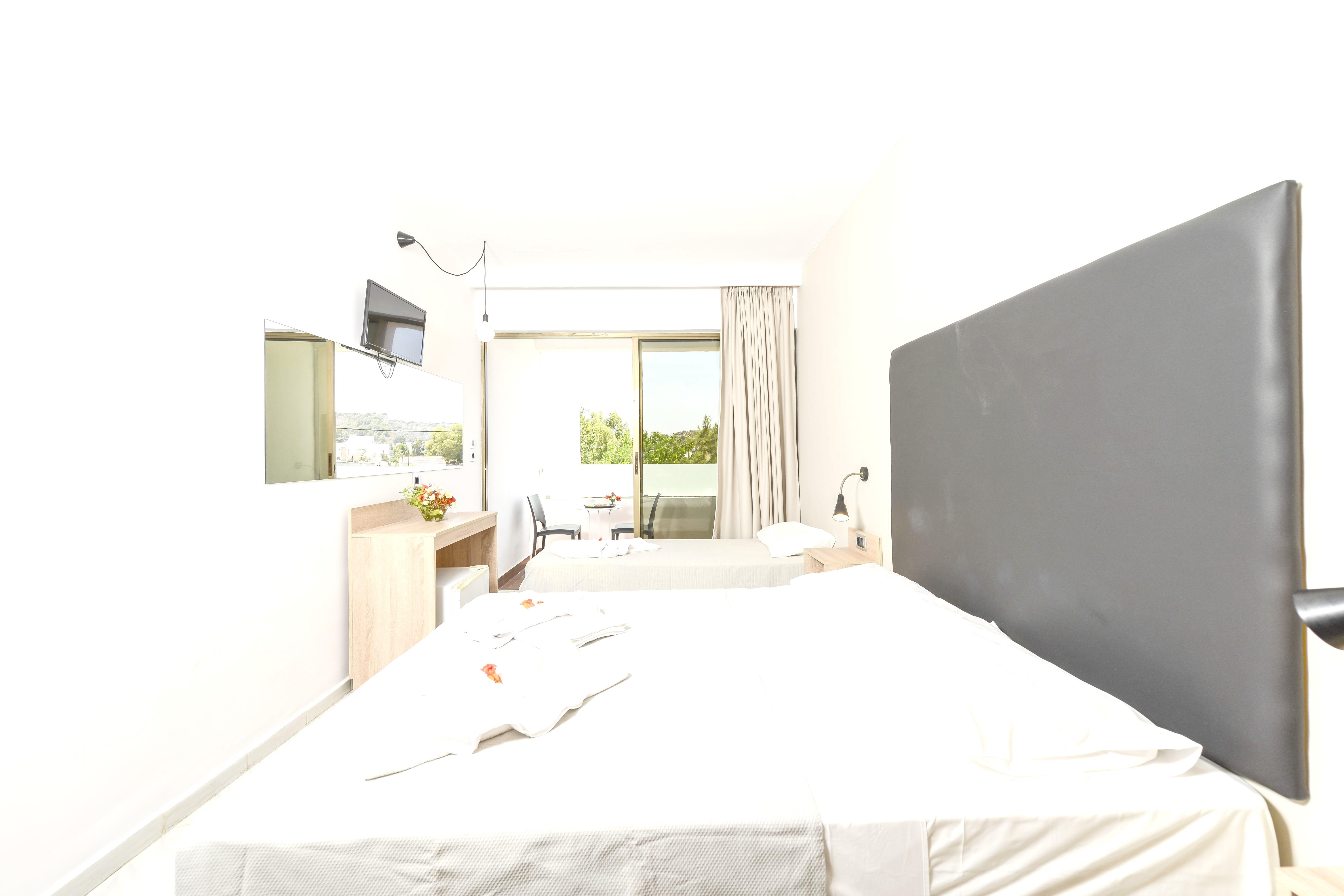 http://data.solvex.sk/Hotel/3647/49061.jpeg