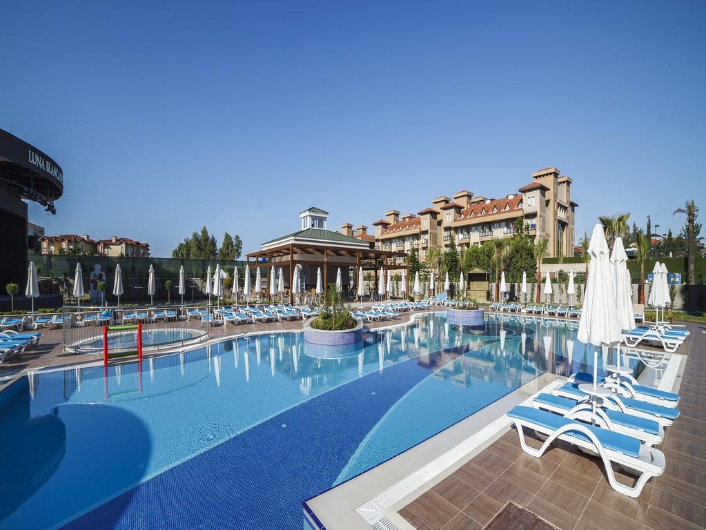 http://data.solvex.sk/Hotel/3758/51803.jpeg