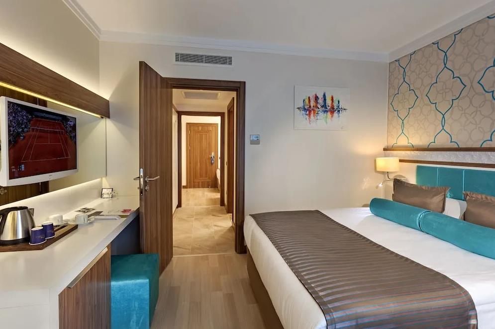 http://data.solvex.sk/Hotel/3758/53782.jpeg