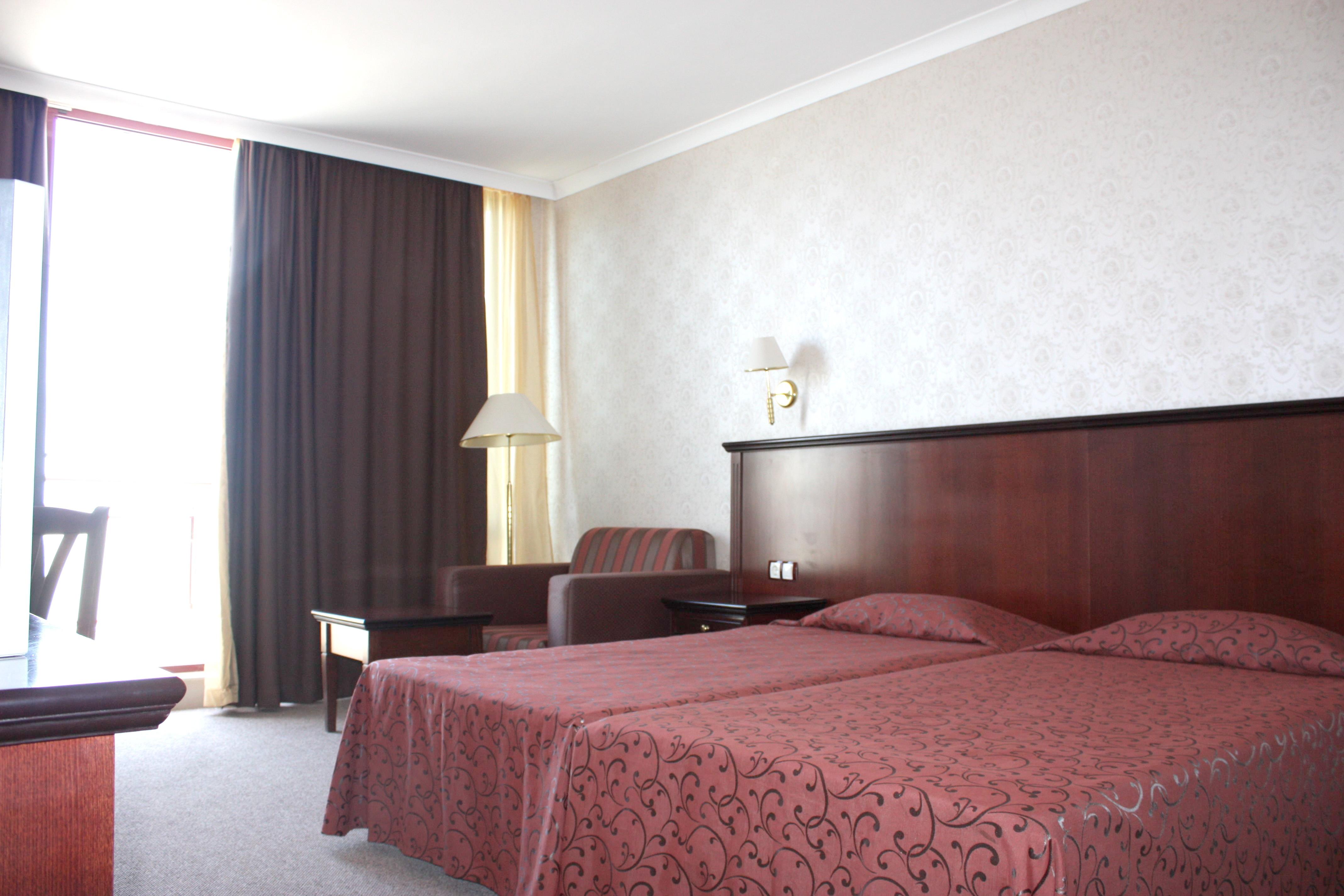 http://data.solvex.sk/Hotel/38805.jpeg
