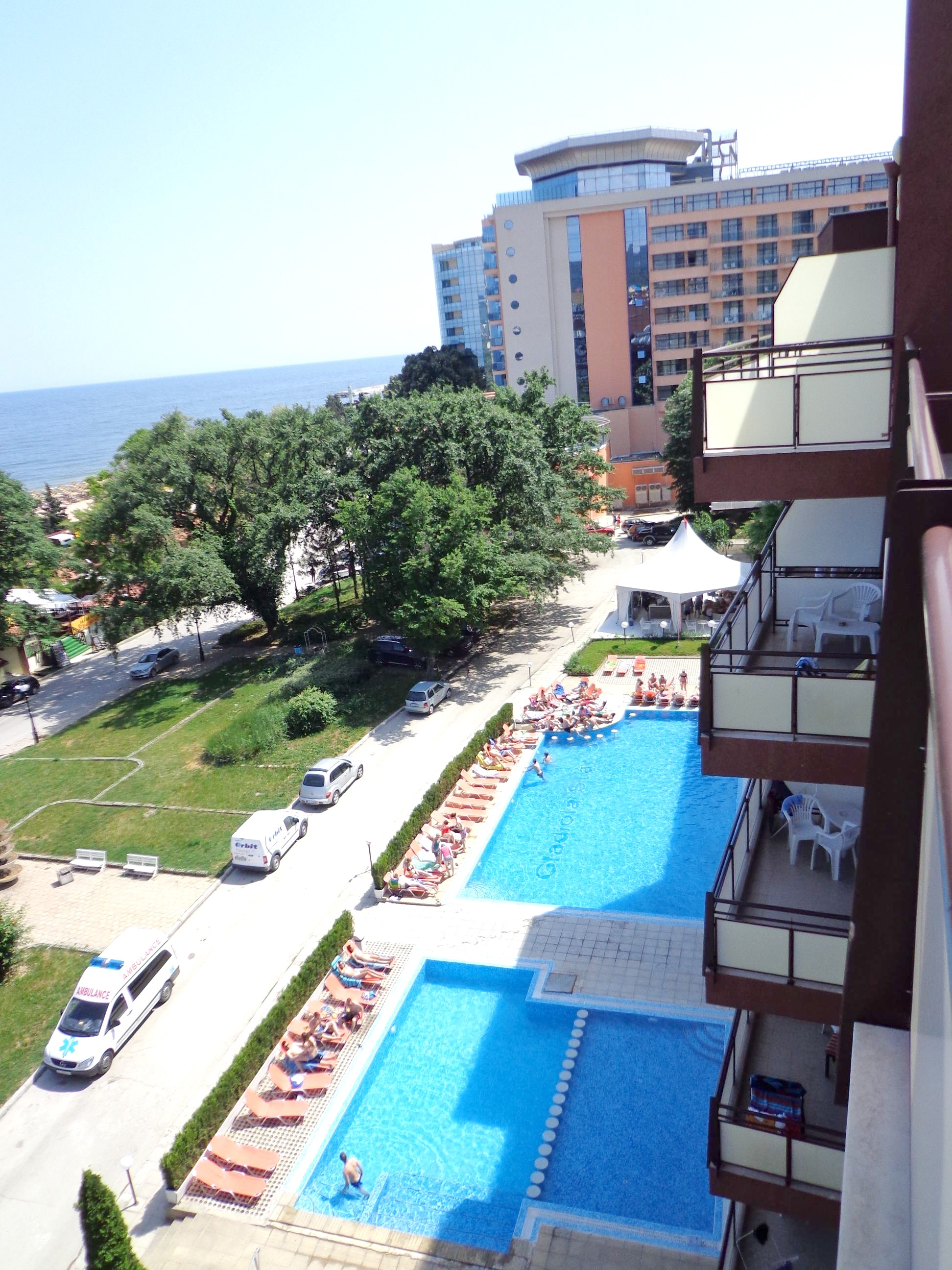 http://data.solvex.sk/Hotel/38809.jpeg