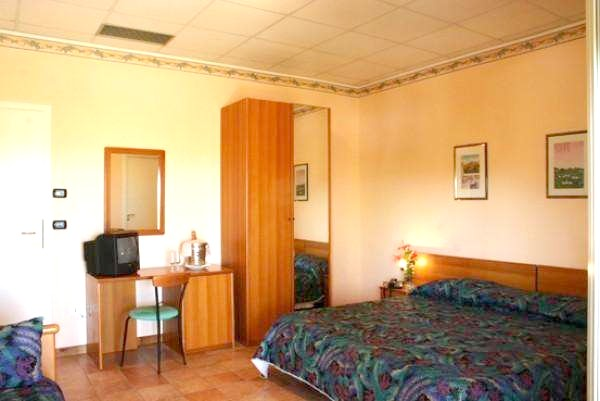 http://data.solvex.sk/Hotel/43041.jpeg