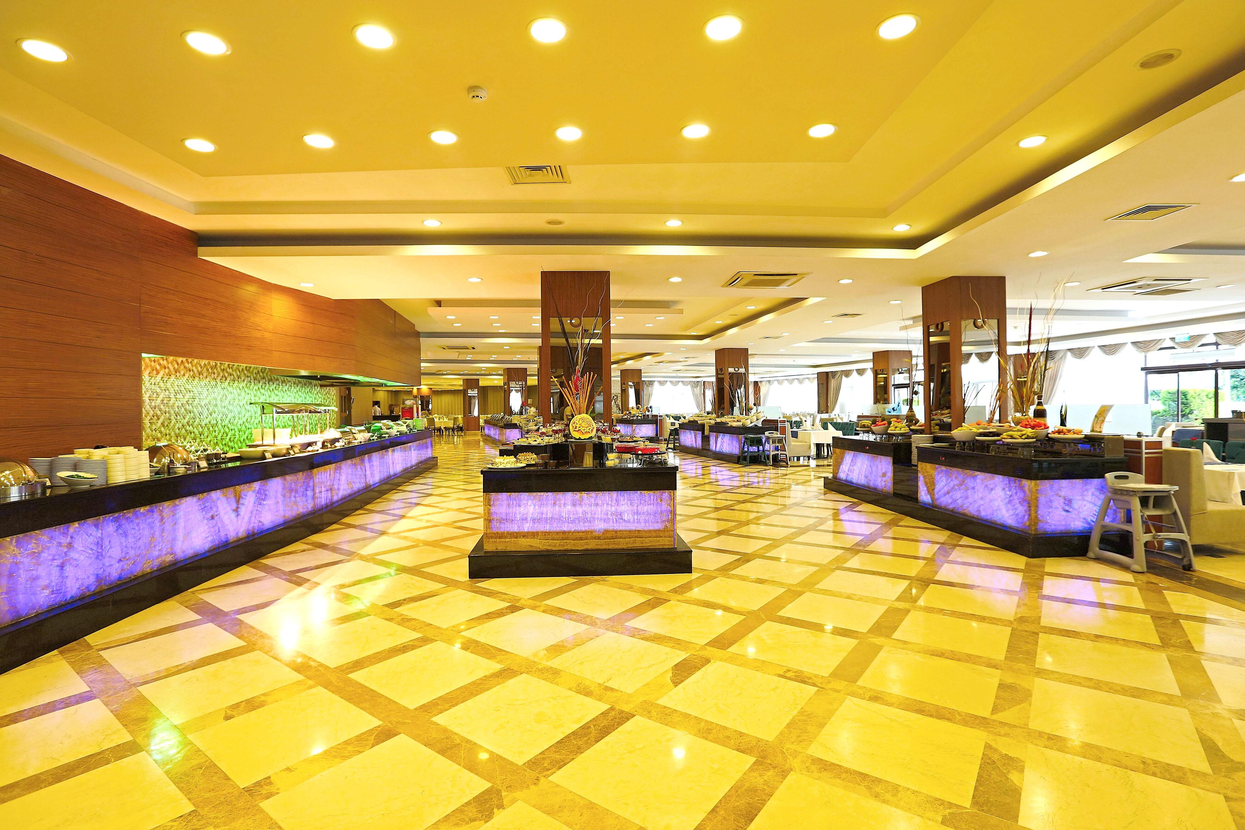 http://data.solvex.sk/Hotel/43583.jpeg